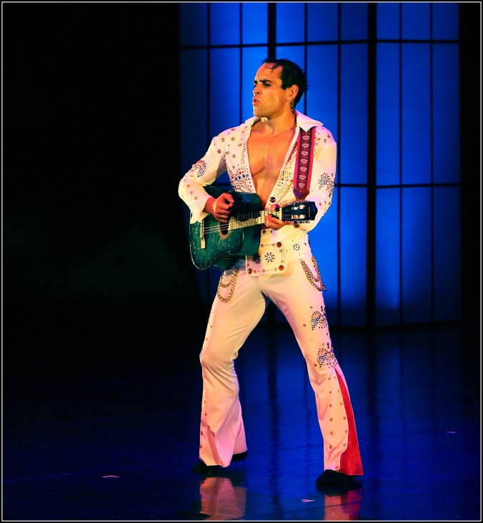 Henk Opperman as Elvis, in Private Presley (Photo: Bill Zurich).